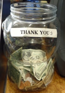 Jar_for_tips_at_a_restaurant_in_New_Jersey